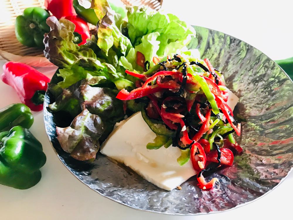 【スタミナレシピ】シャキシャキ食感で体力アップ!梅ピーサラダ